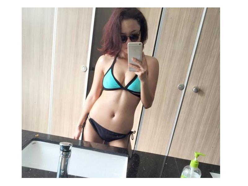 thai trinh sexy trong bo bikini